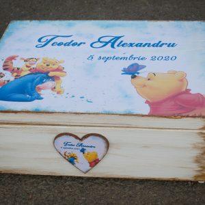 Cufar pentru trusou botez cu Winnie the Pooh