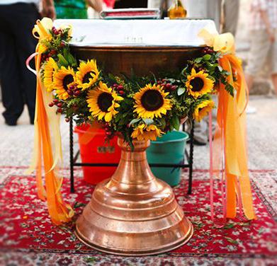 Aranjament-cristelnita-cu-floarea-soarelui