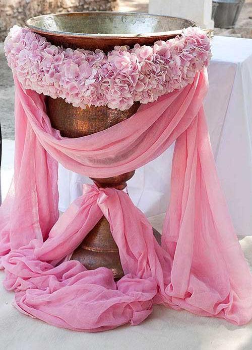 decor-cristelnita-hortensie-rozi.jpg