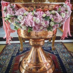 decor-pentru-cristelnita-cu-hortensie-roz