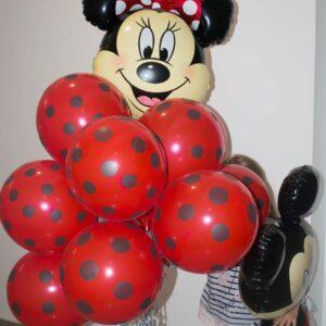 Baloane-cu-heliu-baloane-petrecere-baloane-minnie-baloane-cu-buline-baloane-heliu-petrecere-aniversara