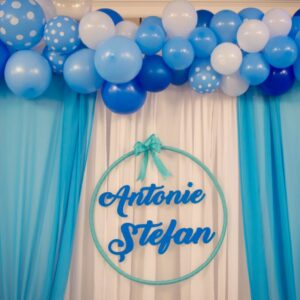 arcada-baloane-botez-decor-baloane-photo-crner-baloane-strumf-strumfii-nume personalizat