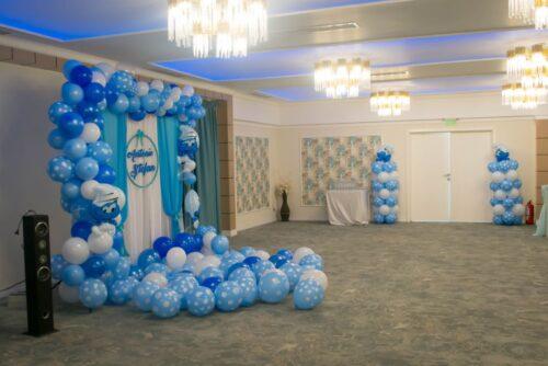 arcada-de-baloane-petrecere-botez-decor-baloane-photo-crner-baloane-strumf-strumfii