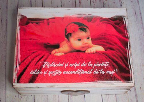cutie-lemn-trusou-dar-personalizata-cu-poza-bebelus