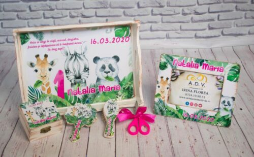 set-mot-fetita-cu-tema-safari-jungla-animalele-junglei=zebra-girafa-ursulet-panda