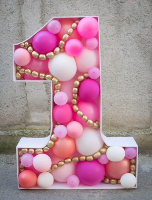 aranjament-cu-baloane-petrecere-mot