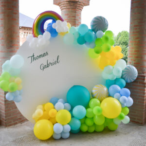 panou-baloane-curcubeu-pastel