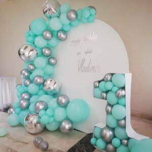 photocorner-decor-baloane-petrecere-mot-menta-argintiu